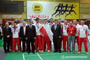 DME srebrna drużyna,od lewej stoją goście T.Bacher Prezydent Europy, W.Wilczyński, A.Szalewicz, M.Mirowski