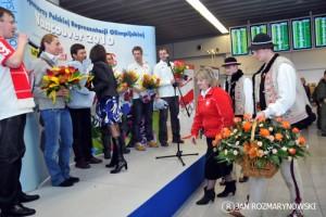 Okęcie Justyna Kowalczyk kwiaty od Pani Burmistrz Kasiny Wielkiej