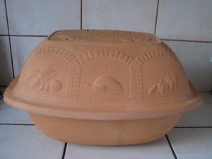 garnek gliniany zwany rzymskim