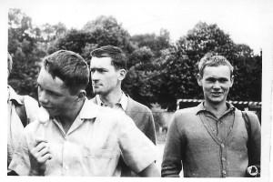 Mirek Markuszewski - w środku, po lewej Krzysiek Turlejski, po prawej Heniek Szatanik