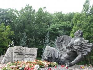 Pomnik Polegli Niepokonani fot.J.Ślawska Szalewicz