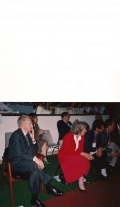 Markiz Juan Antonio Samaranch Prezydent MKOL obok siedzi Mrs Ronnie Rowan sekretarz generalny IBF
