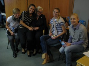 Jadwiga Ślawska Szalewicz z zawodniczkiami od prawej Kamila Augustyn, Joanna Szleszyńska Łogosz, Ania Szymanska i Kasia Garbacka