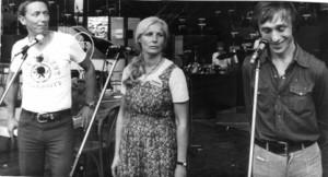 Wojciech Młynarski, Agnieszka Osiecka, Jonasz Kofta śpiewają w Opolu