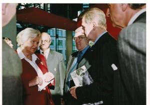 Prezydent MKOL J.Rogge, J.Ślawska Szalewicz prezes PZBadmintona, J.Tatera Sekr.Gen PKOL, pan Tecardi MKOL 2004 Warszawa