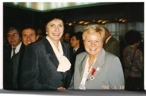 Rok 1998 odznaczenia dla ludzi sportu p.  Irena Szewińska i Jadwiga Ślawska Szalewicz