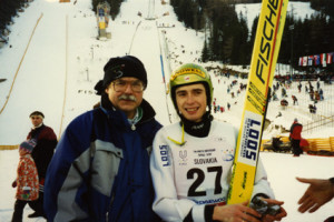 Uniwersjada na Słowacji (1999)  Zb. Sikora z Łukaszem Kruczkiem złotym medalistą w skokach narciarskich.