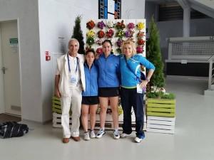 od lewej Ryszard Borek reprezentantki Cypru w deblu oraz trener Katarzyna Krasowska  MEJ Lubin 2015