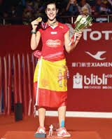 po ceremonii dekoracji w Dżakarcie Carolina Marin złoty medal i tytuł Mistrzyni Świata w grze pojedynczej 2015 r