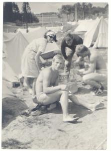 Stanisław Tokarski w 1966 r. wielokrotny mistrz Polski w judo, kaskader, bramkarz w klubie studenckim STODOŁA dziś słynny profesor antreopologii kultury tłumacz Eliadego i autor kilku innych książek