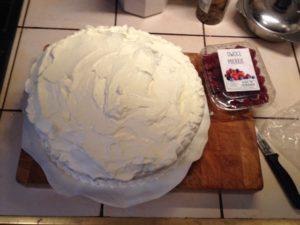 Nasz tort gotowy trzeba tylko przybrać